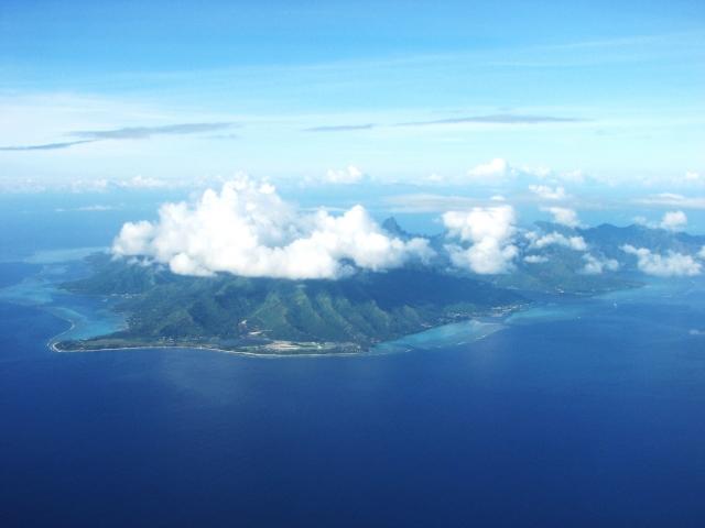タヒチ島を眺める